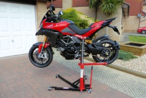 abba Sky Lift on Ducati Multistrada 1200 (Horizontal position)