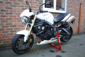 abba Superbike Stand on Triumph Street Triple