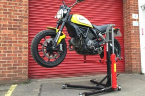 Sky lift fitted to Ducati Scrambler (Horizontal Position)