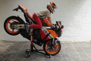 Honda CBR1000RR Fireblade on abba Sky Lift (Stoppie position)