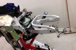 abba Sky Lift used for Honda Fireblade rear end removal pt. 4