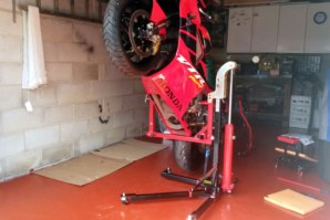 Honda SP1 on abba Sky Lift (wheelie position)