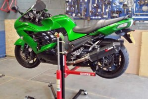 abba Sky Lift fitted to ZZR 1400 (ZX-14)