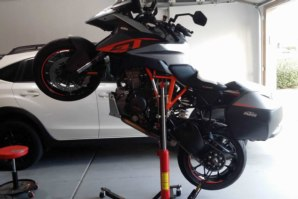 KTM 1290 GT on abba Sky Lift