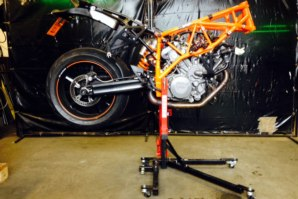 KTM 990 Superduke on abba Sky Lift - front end removed
