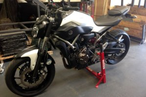 Yamaha MT07 on abba superbike stand