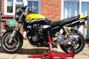abba Superbike Package 2 on Yamaha XJR 1300